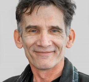 Portrait of Robert Hildebrandt
